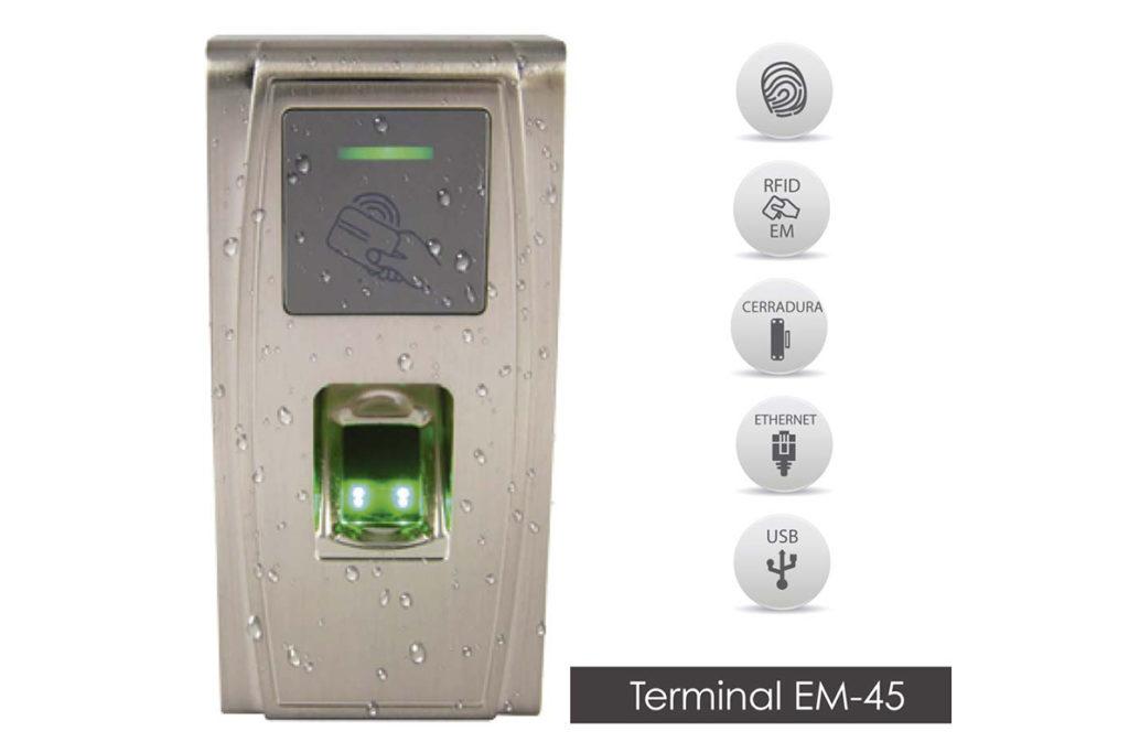 Terminal EM-45 de control de acceso para club social y piscina de urbanizaciones.