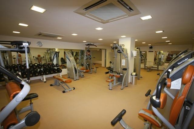 Tornos y control de accesos para gimnasiones y clubes deportivos.