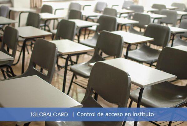 Controles de acceso a institutos de secundaria