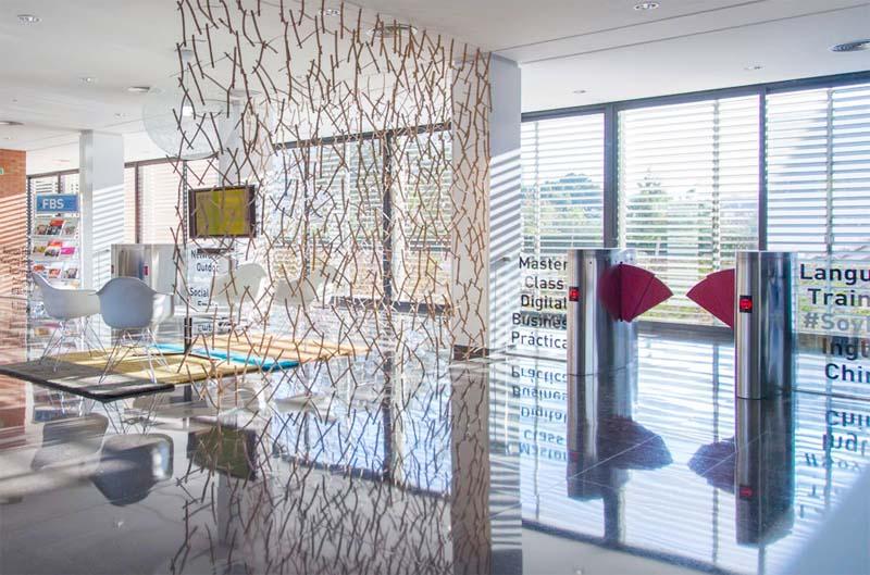 Control de accesos y presencia para centro de negocios - Centro negocios alicante ...